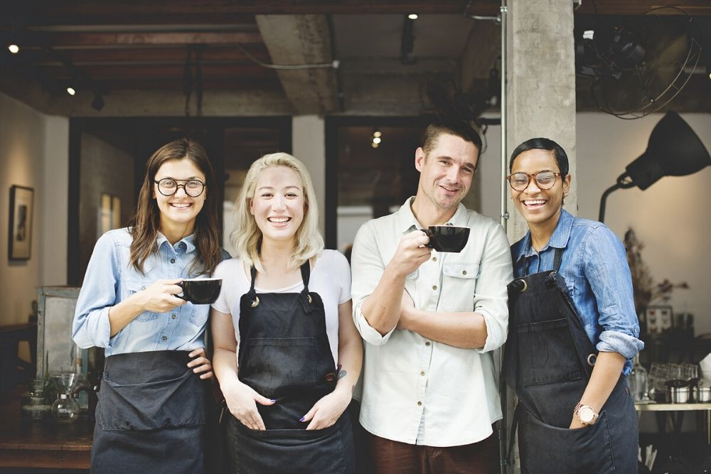 Be confident that your Hospitality business is compliant with Employment Innovations' free 10 Point General Compliance Checklist.